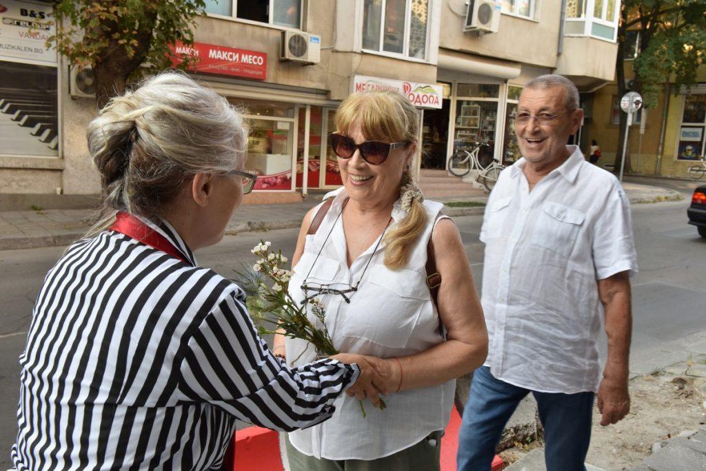 Зона Нира арт отвори във Варна 2