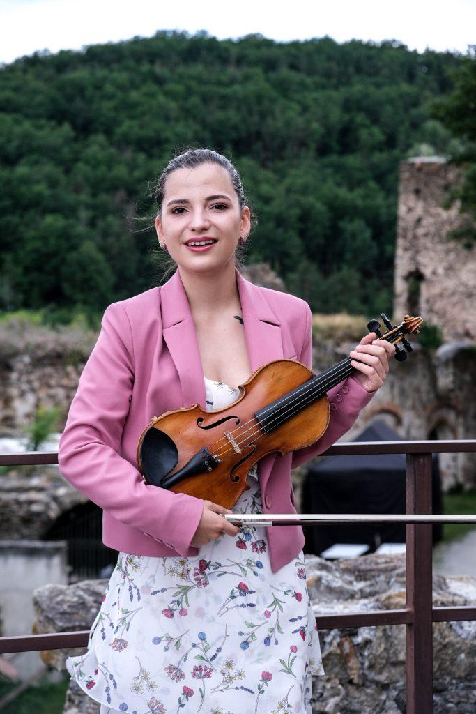 Йоана Русева