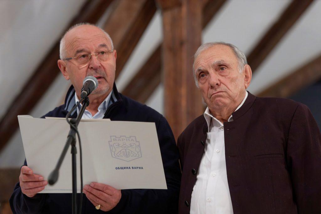Зам.-кметът на Варна Коста Базитов и Маестро Милко Коларов